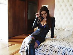 Stunning porn model close to captivating cleavage Karma Rx gives an interview