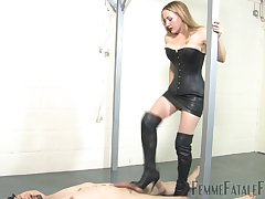 Nikki's Nuts Be beneficial to Busting - KINK