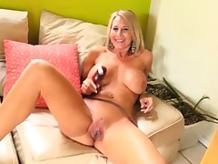 Super Milf Intense Embed Masturbation