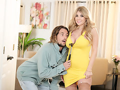 Kayla Kayden goes expecting for her neighbor to fuck him!!