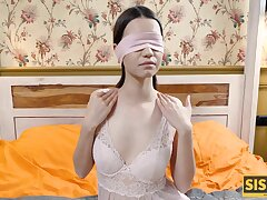 Blindfolded brunette couldnt grudge sex with the boyfriend