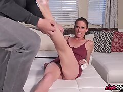 Adorable Milf Needs A Scratch Atop Pussy With Sofie Marie
