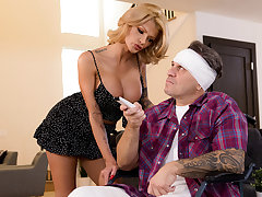 Joslyn James & Keiran Lee here XXXtra Compassionate Care - BRAZZERS