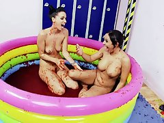 fun and cute Keenness B and Romana Ryder are obtainable for a pansy sex
